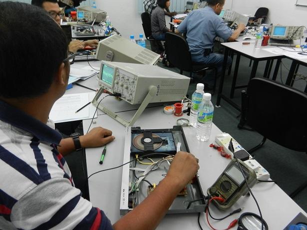 electronics training course