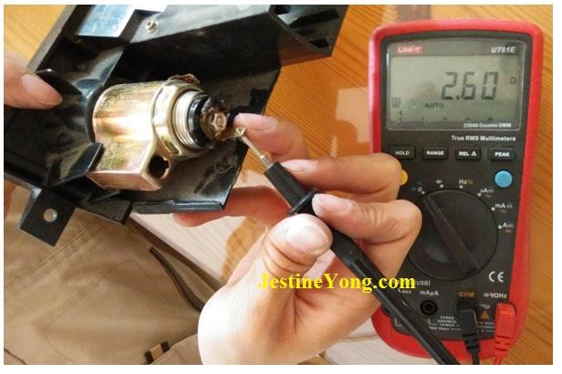 repair-car-12-volt-jack