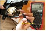 repairing-car-12-volt-jack