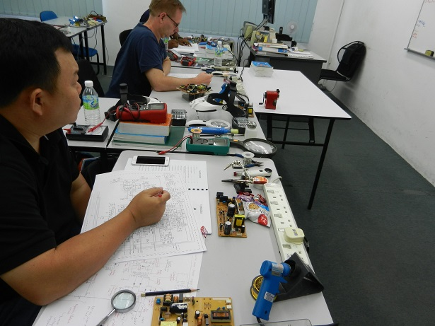 electronics-training-3