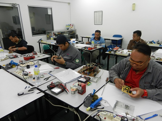 membaiki-power-supply