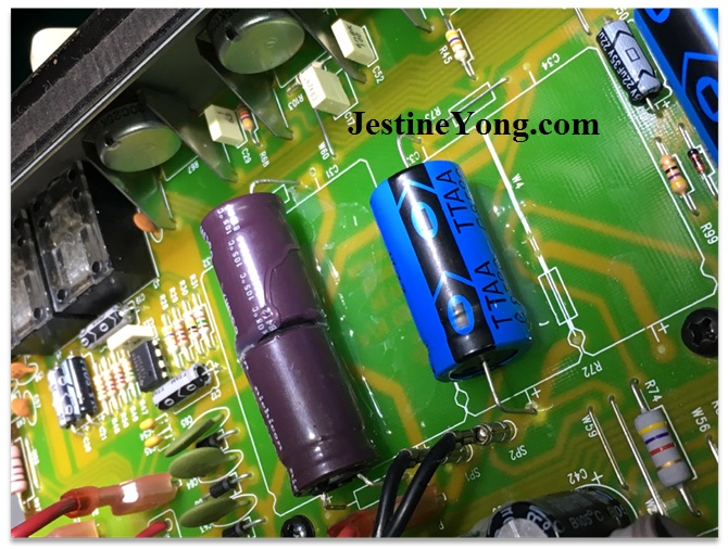 repairing-amplifier-FENDER