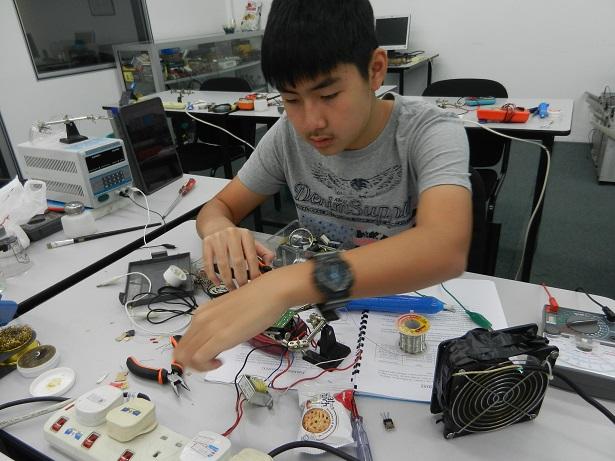 electronics-courses