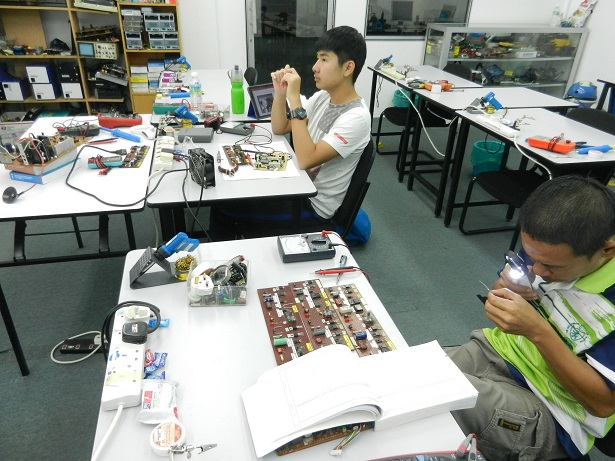 repairing-course-in-electronics