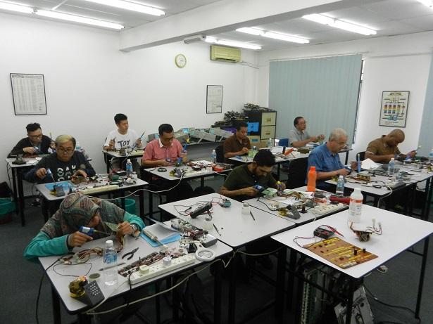 Electronics Technician Program