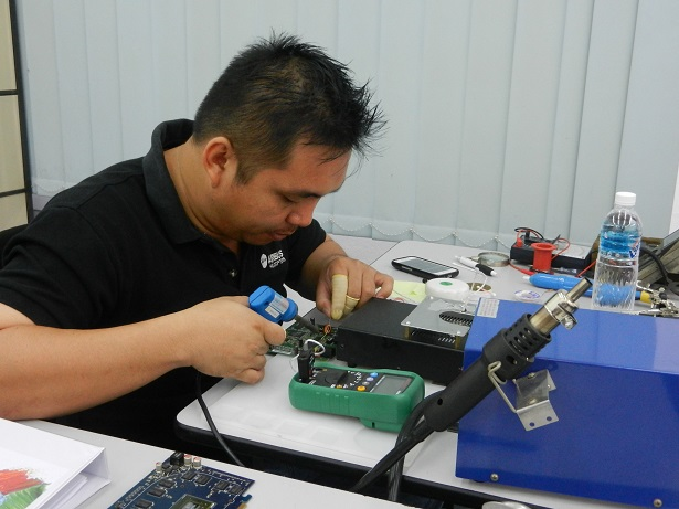 electronics tips and repair course