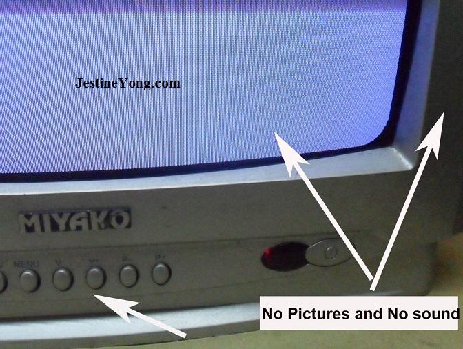 crt tv blue screen