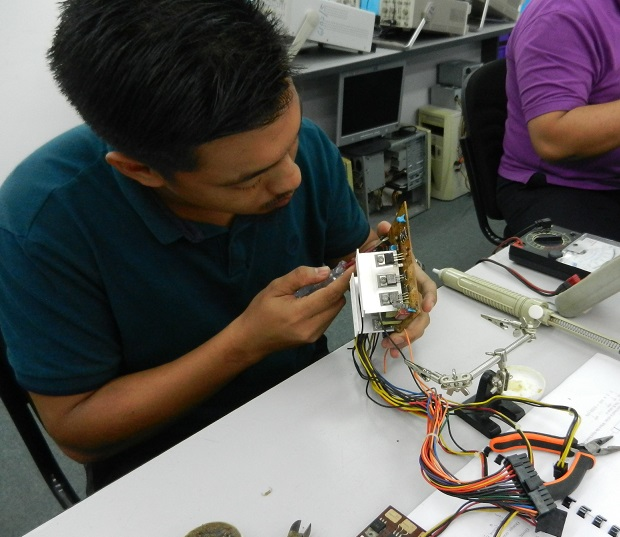 Removing components from an atx power supply