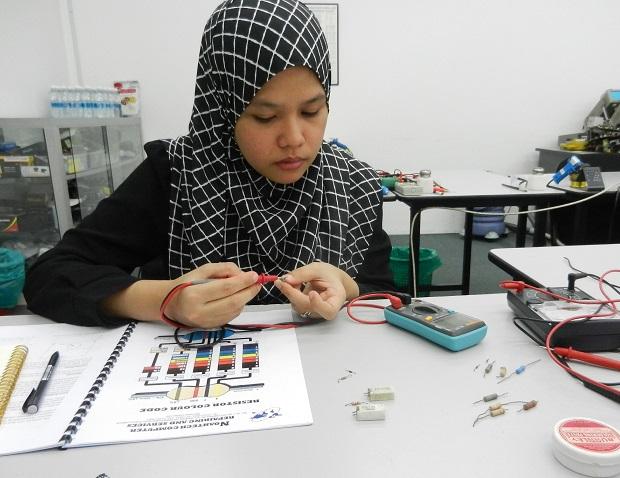 kursus Intensif elektronik