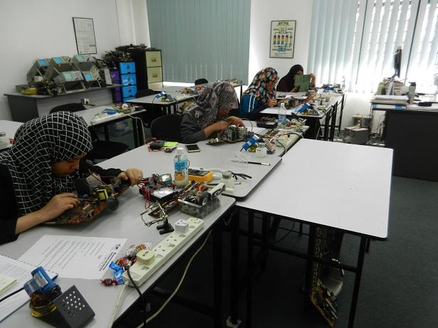 kursus kemahiran elektronik