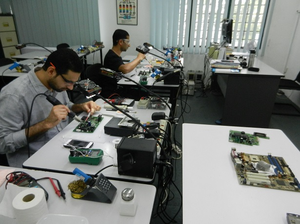 electronic repair course oman
