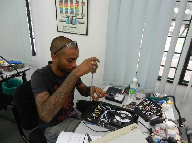 fixing electronics course