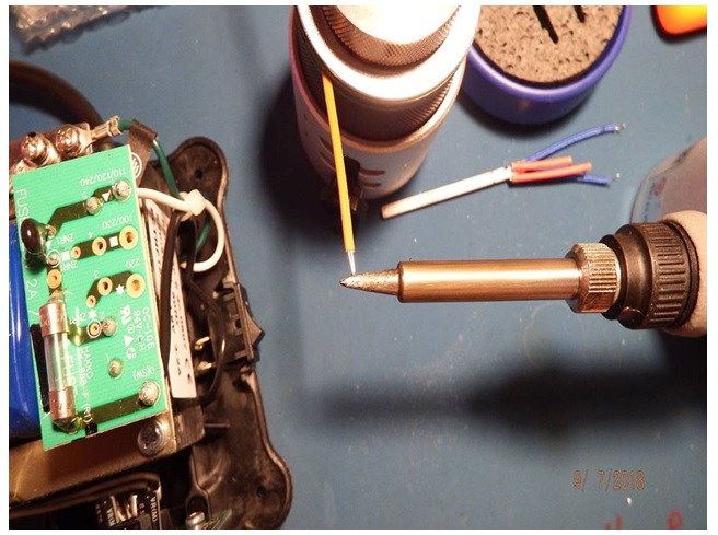 thermocouple touching the soldering tip