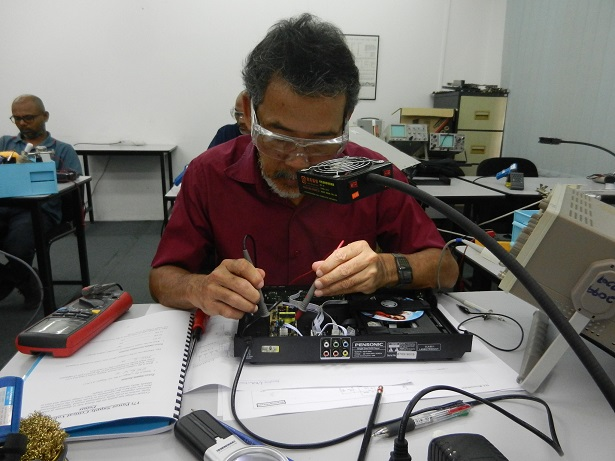 how to test power supply