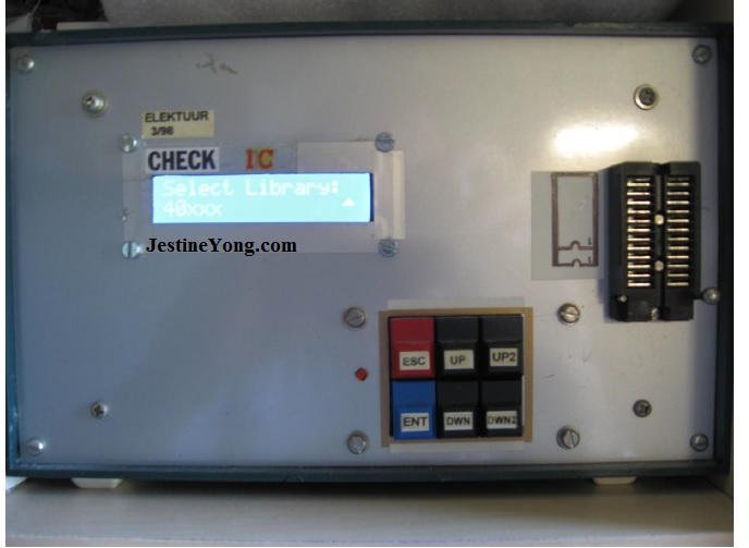 Elektor IC tester machine