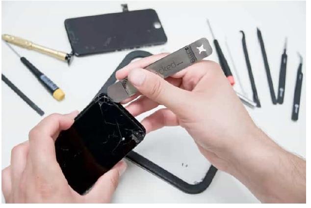 crack screen iphone