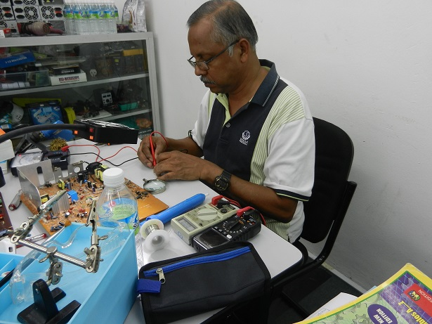 fixing electronics course