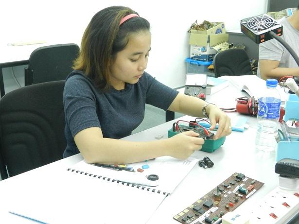 women in electronics training