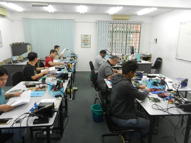 electronics troubleshooting course