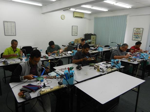 kursus basic elektronik repair malaysia