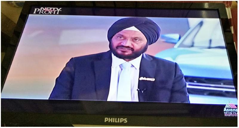 led tv photo