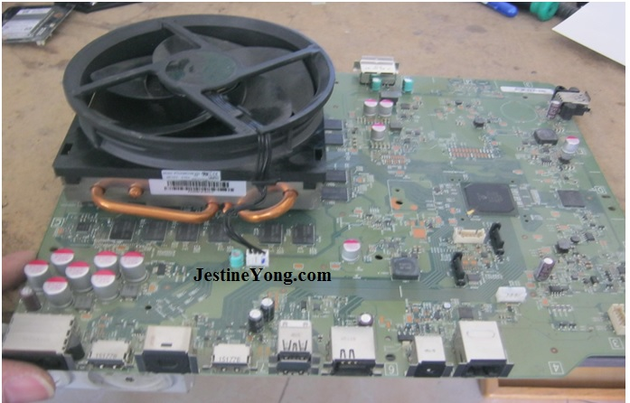 An Xbox (One) Station That Keeps Shutting Down Repaired