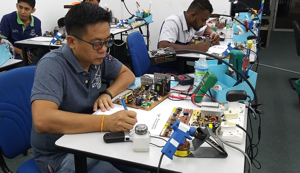 electronics repairing course