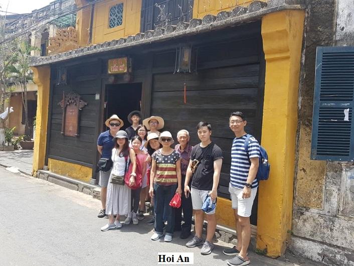 hoi an ancient town tan's family