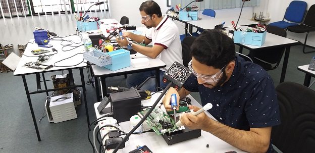 electronics repair course oman
