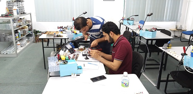 electronics repair course for oman people
