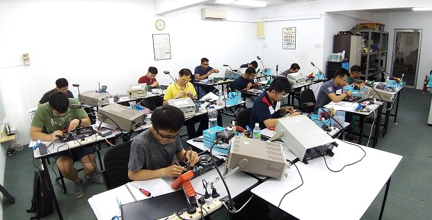 electronics repair how to course