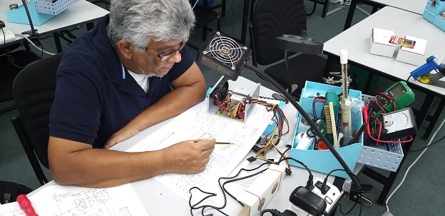 smps repair course for trinidad and tobago student