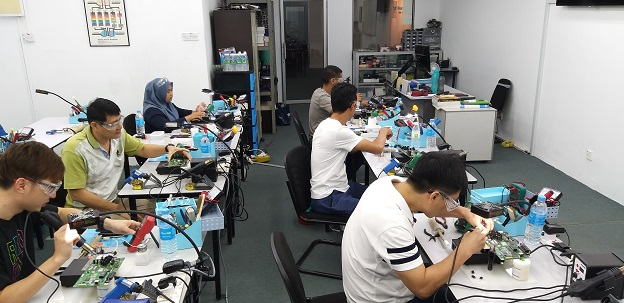 singapore electronics repair course