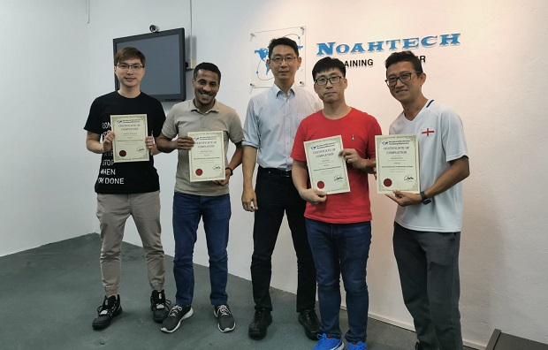 singaore student study electronics repair course in malaysia