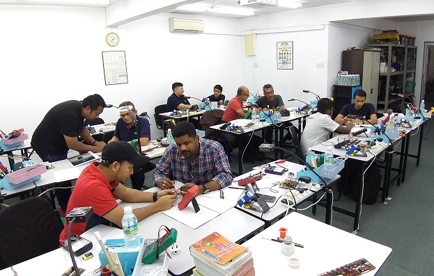 electronics repair training in malaysia for dssb and aat enginnering participants