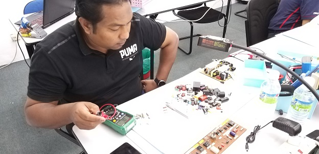 dssb staff attend electronics repair training in noahtech malaysia