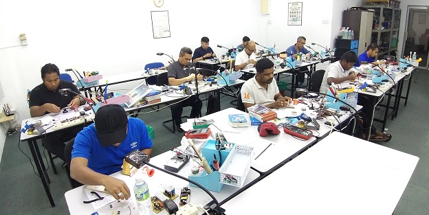 malaysia aerospace staff attend electronics repair course in malaysia