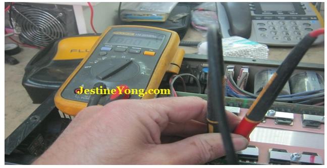 measure voltage in welding machine