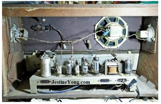 how to repair  valve radio sharp