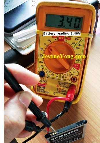 how to check phone battery voltage