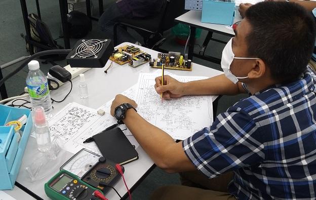 kursus elektronik untuk pelajar dari gombak