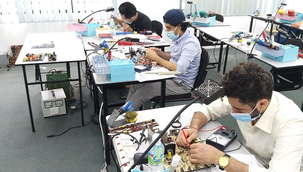 Yemen students attended electronics repair course in Malaysia