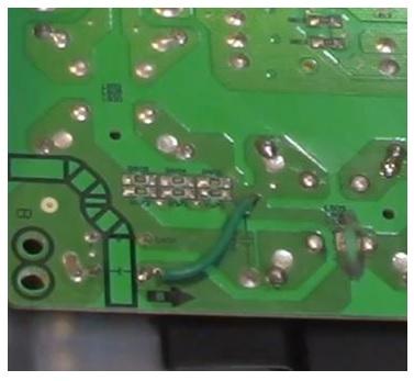 wire jumper in pcb board