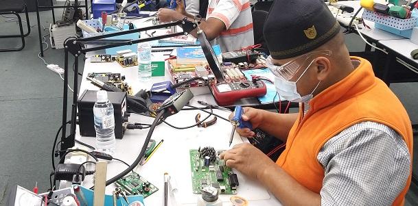 how  to fix electronics course malaysia